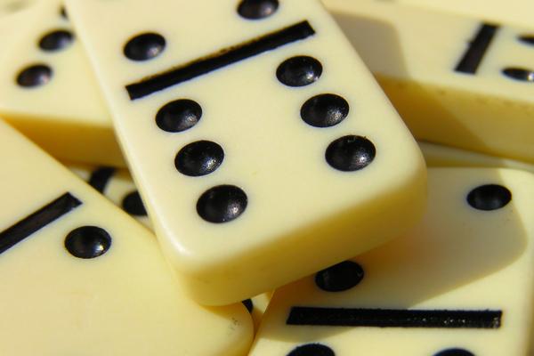 Bermain Domino Afandri Adya