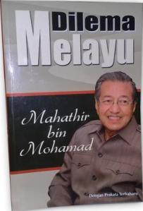 Buku Dilema Melayu karya Mahathir Mohammad (Sumber: mediajayastore.com)