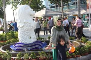Patung Merlion berukuran mini