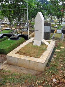 Makam Chairil Anwar di Karet Bivak