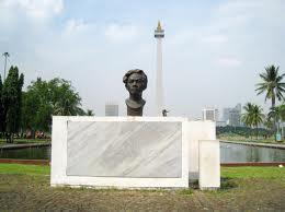 Patung Chairil Anwar di Medan Merdeka, Jakarta