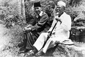 Agus Salim dan Soekarno (collectie tropenmuseum)