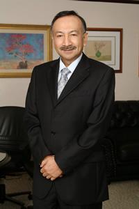 Tunku Naquiyuddin (sumber : www.ahcg.com.my)