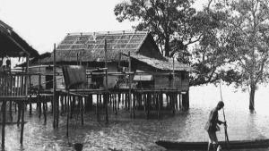 Pemukiman Orang Laut di Singapura, 1826 (sumber : country-data.com)