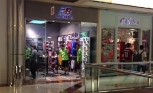New Balance dan Cath Kidston di Pondok Indah Mall 1