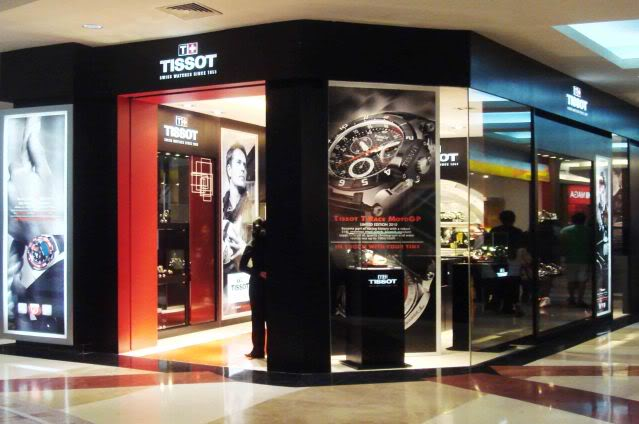 "Mencari Produk-produk ""Branded"" di Jakarta  722d8db936"
