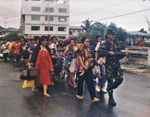 Pengungsi Ambon (sumber : wikipedia.org)