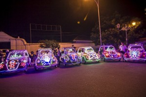 Mobil Bling-bling di Alun-alun Selatan Keraton (sumber : http://jejaktraveling.com)