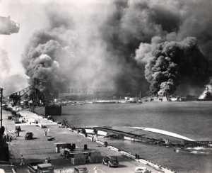 Jepang Menyerang Pearl Harbor (sumber : www.atomicheritage.org)