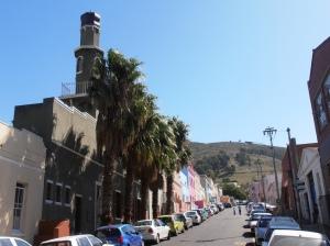 Auwal Masjid, mesjid pertama di Afrika Selatan yang didirikan oleh ulama Indonesia (sumber : www.vocfm.co.za)